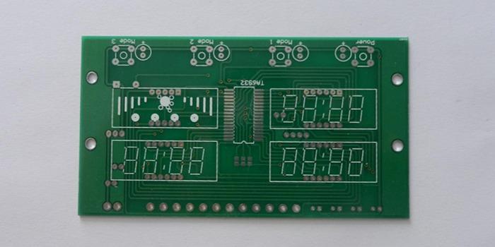关于印制线路板导线的间距有什么要求?